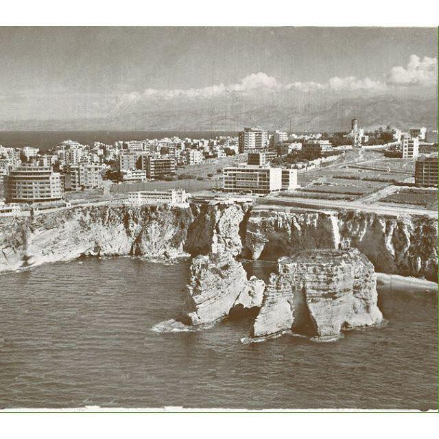 بيروت الروشة عام ١٩٥١ ،