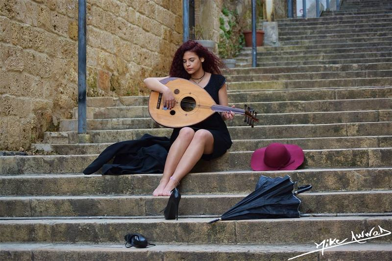The abondent oud girl... livelovebeirut gemayze photography ...