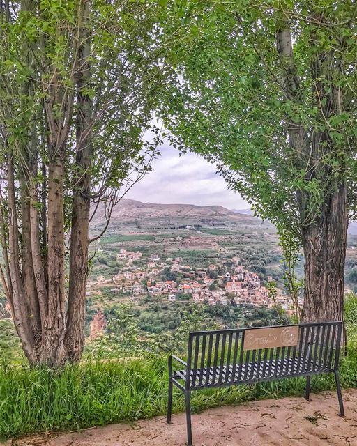 A framed view of  kfarsghab from  ehden 💚Kfarsghab is located in the ... (Ehden, Lebanon)