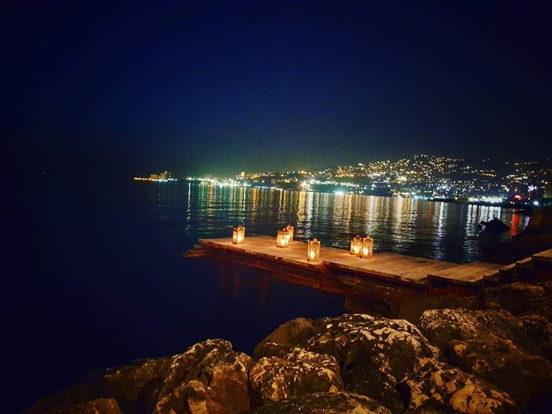 Beautiful night 🌉 wednesdays margherita livelovejounieh ... (Margherita Mare)