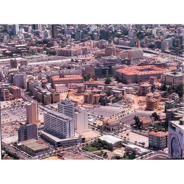 وسط بيروت عام ٢٠٠٢ ،