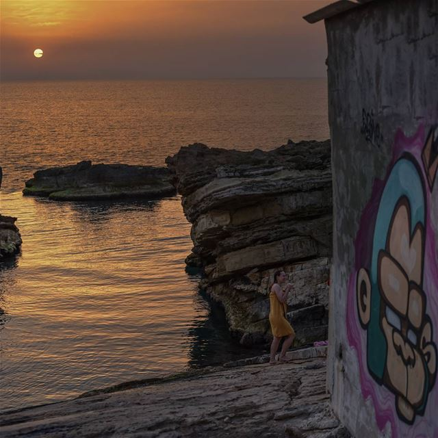 Sunset after a good swim ... lebanon kfarabida super_lebanon ... (Kfarabida Batroun)
