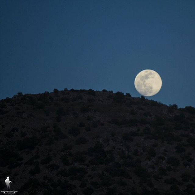 moon Photo session 😂 😃 moon chouf jbaa lebanon ptk_lebanon ... (Chouf)