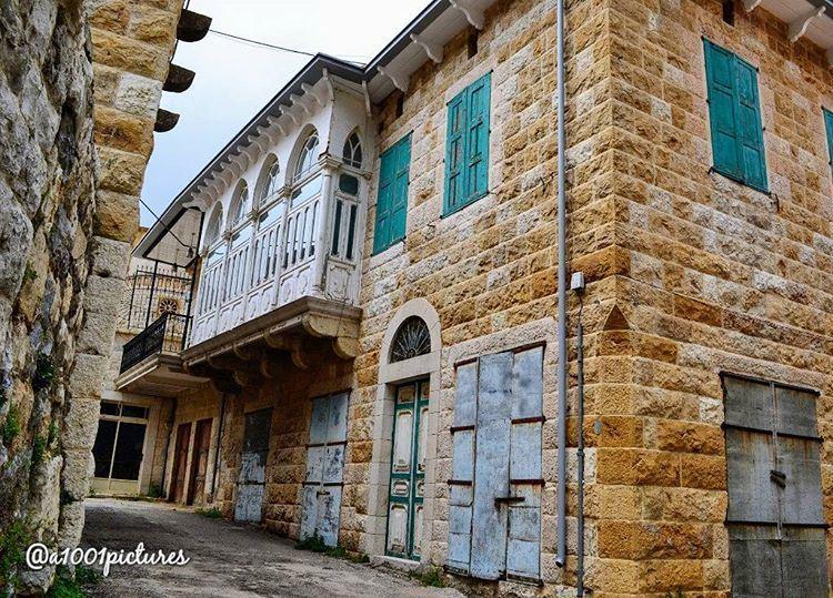 Douma, a beautiful Lebanese village, a place that takes you back in time!... (Douma, Liban-Nord, Lebanon)
