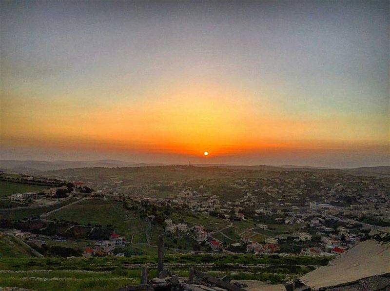 Good Night Everyone ❤ From Yaroun , Al Janoub by @elietabchi 😍❤😍❤😍❤😍❤ ...