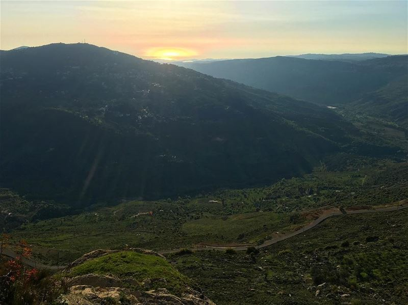 We're all under the same sky,, but we each capture the beauty in our own... (Jezzine District)