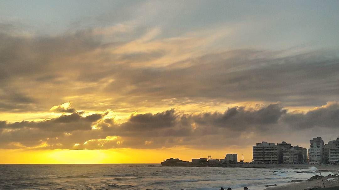 🌅 غروب طرابلس لبنان Romantic Love Tripoli TripoliLB Beautiful ... (Corniche El Mina Tripoli)
