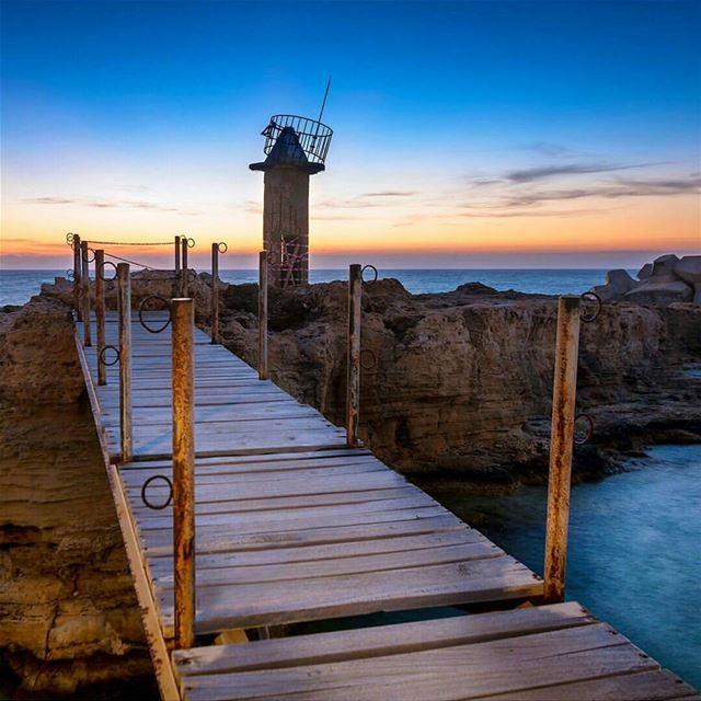 batroun sunset old lighthouse phoenician wall mina marina ... (Mina Batroun)