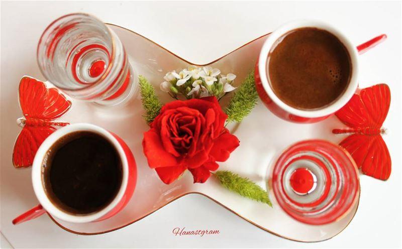 سألت الله السعادة .....فرزقني أنت ...❤ قهوتي_السمراء قهوة_المساء روقان ...