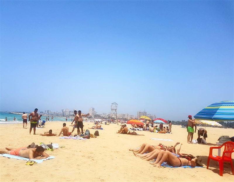 Keep calm and enjoy the moment❤❤❤ beach beachbody sunbathing tanning ... (Tyre, Lebanon)
