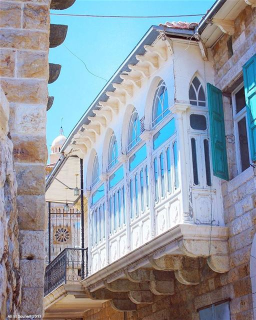 tb douma northlebanon arch old building traditional lebanese ... (Douma, Liban-Nord, Lebanon)