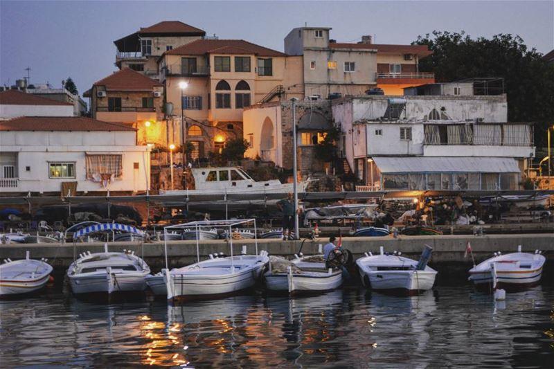 Sunset at the port ! loves_lebanon super_lebanon ig_lebanon ... (Batroûn)