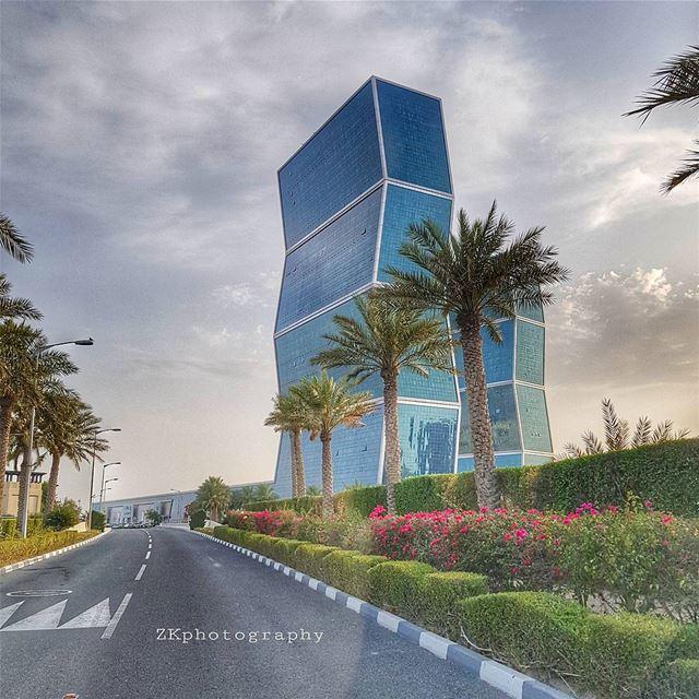 amazing_qatar qatarism clubhdrpro clubasiapro clubofthephoto ... (Zig Zag Towers)
