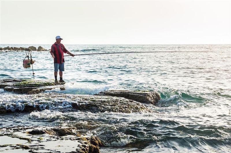 The old fisherman and the sea🎣.... livelovelebanon livelovebeirut ... (Byblos, Lebanon)