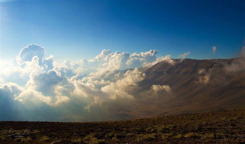 Mountains love 🗻🗻 (Bcharreh, Liban-Nord, Lebanon)