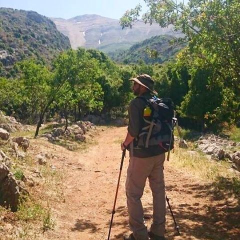 Life should have more mountains and less stress. lebanon lebanese hike ... (Baskinta, Lebanon)