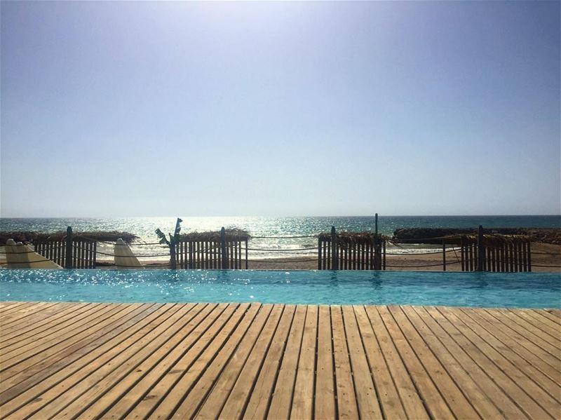 Beach days ☀️ a7labaladbil3alam photo love photography me ... (Damour Beach Resort)