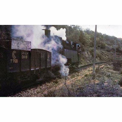 القطار - عاريا عام ١٩٦٧ .