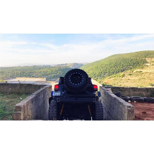 Beast Mode Off-roading 🇱🇧 @jeep @jeep_wranglers Jeep Wrangler ... (Jezzîne, Al Janub, Lebanon)