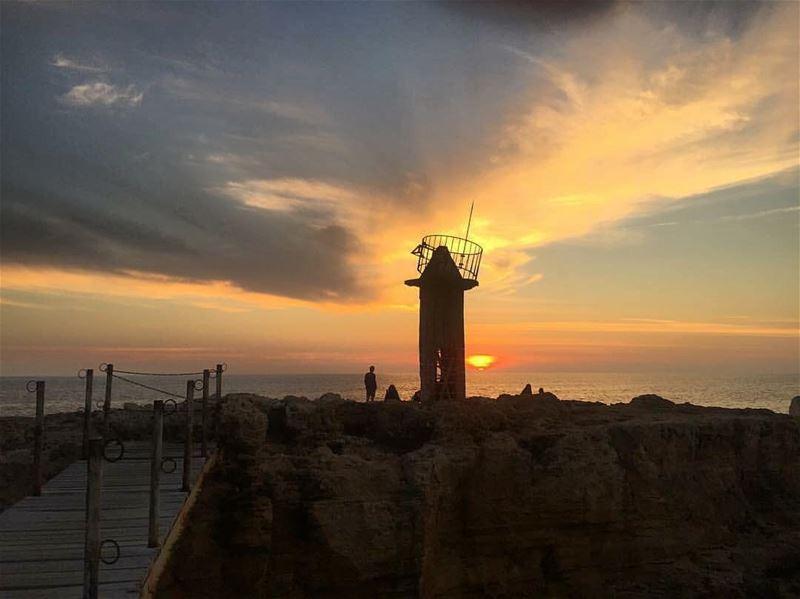 An amazing sunset from Mina - Batroun 😍مغيب الشمس من ميناء البترونPhoto... (Al Mina Batroun)