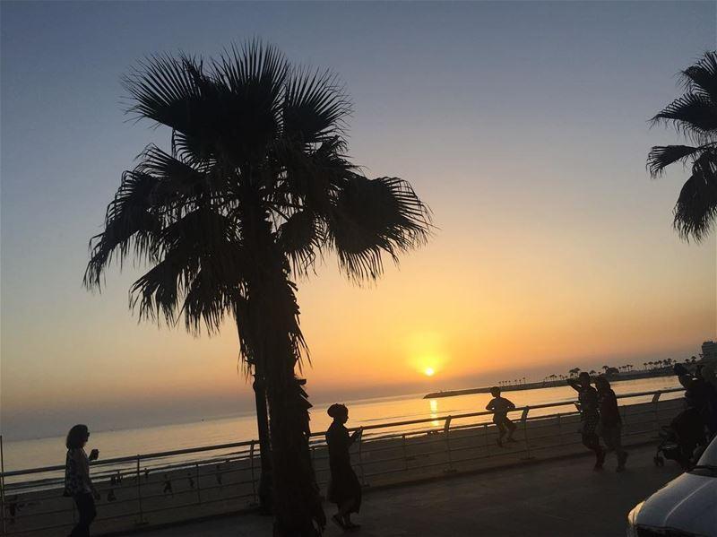 As fast as the sun going down🌗... livelovelebanon lebanon beirut ... (Raouche-Almawarde)