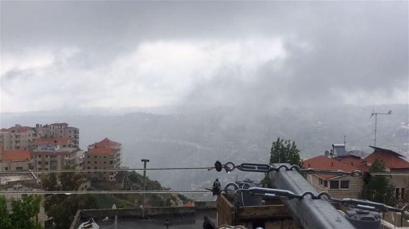 Time-lapse of Hammana valley from Bhamdoun. Cold, rain and fog, heaven! ... (بحمدون الجبل)