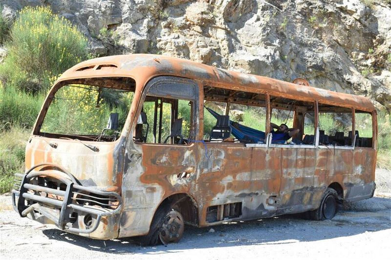 عهدير البوسطة 🚌 ..... lebanon adventure view fire nature love ... (Seraaïl, Liban-Nord, Lebanon)