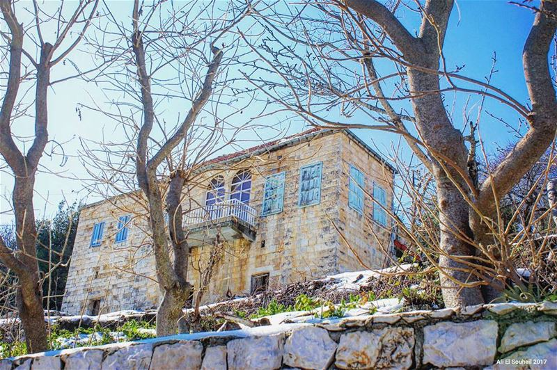 tb hardine northlebanon old lebanese traditional house winter ... (Hardîne, Liban-Nord, Lebanon)