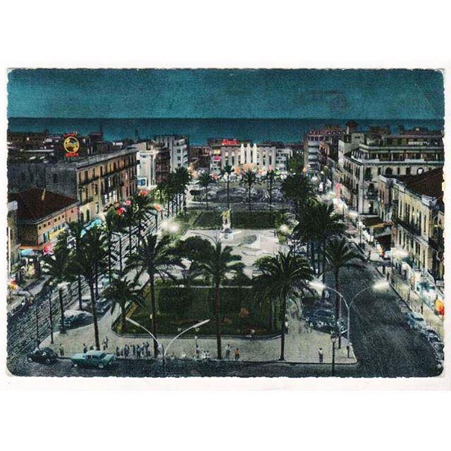 بيروت ساحة الشهداء ليلاً عام ١٩٦٢ ،