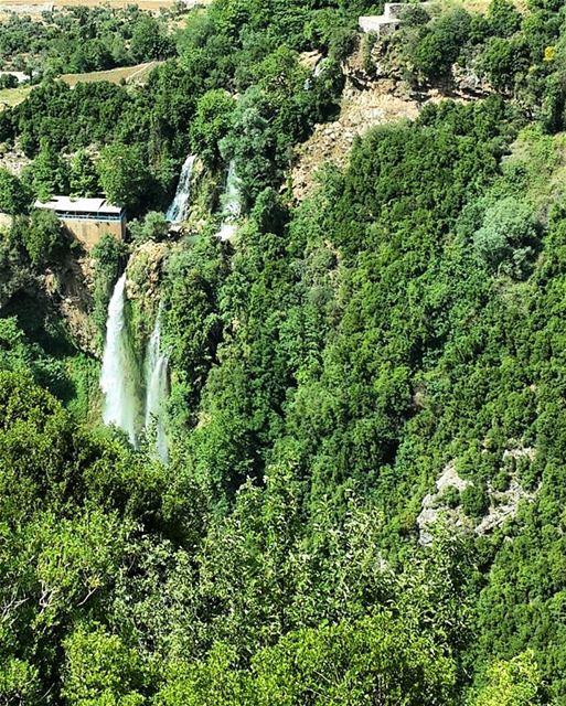 waterfalls lebanon mountain waterfallfordays hiking sundayout ...