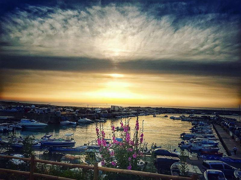 sunsets 🌅 beirut boats livelovedbayeh sunsetlover detailshot ... (El Mandaloun Beach Club Dbayé)