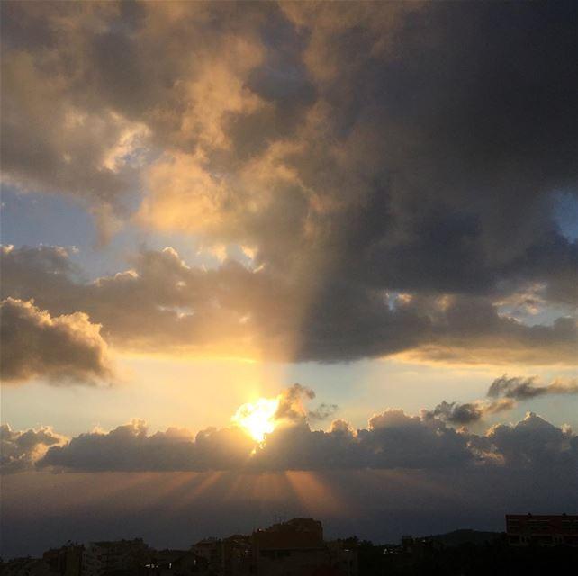 instalike ptk_lebanon whatsuplebanon beautifullebanon livelovelebanon... (Mediterranean Sea)