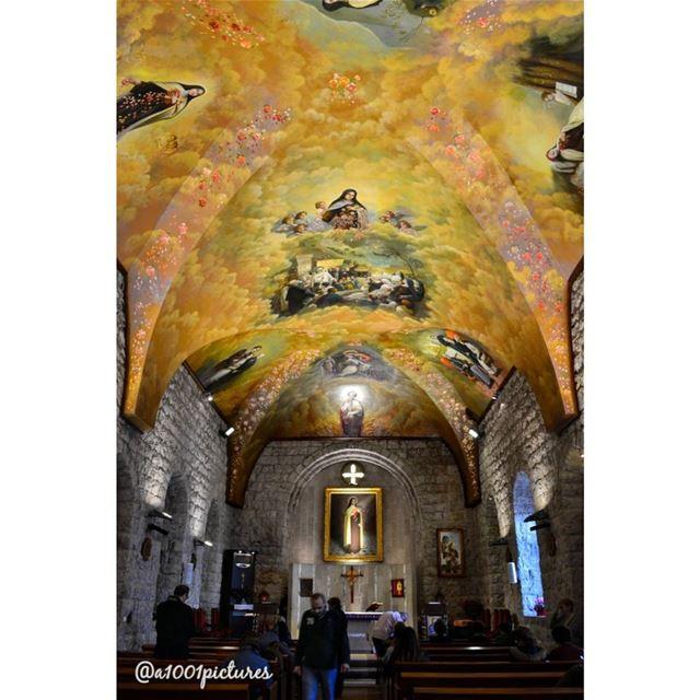 Ste. Therese l' Enfant Jesus church. Lebanon.... photos photography ... (Lebanon)