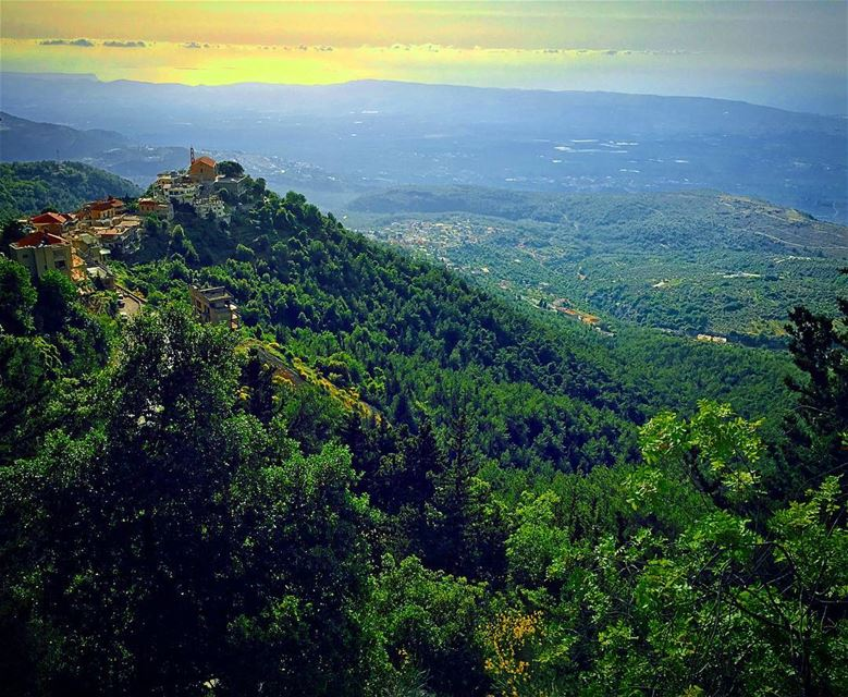 Nature is The Art of God 🌄🇱🇧 (Aïtou, Liban-Nord, Lebanon)