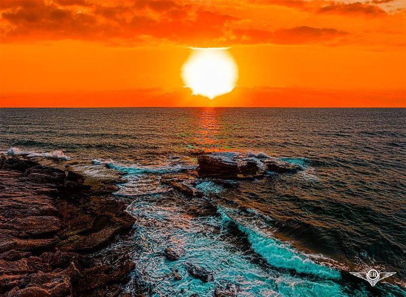 Don't forget: beautiful sunsets need cloudy skies.. - Paulo Coelho... (Jiyeh الجية)