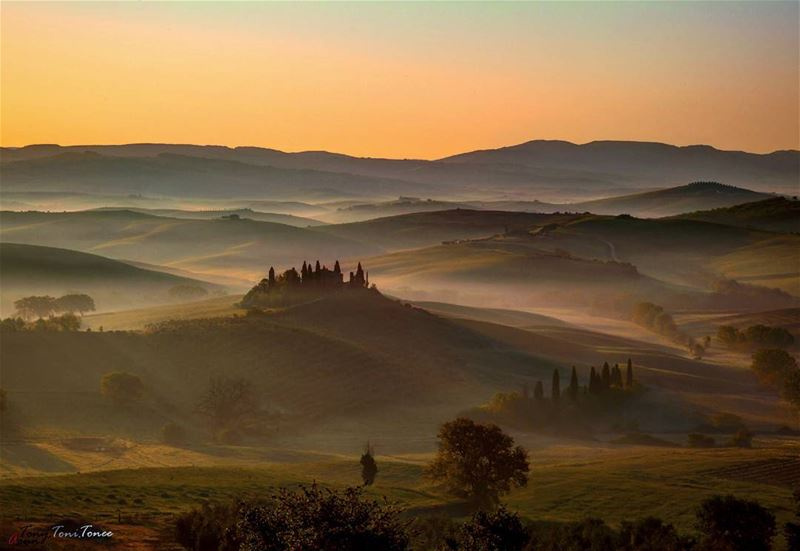 While searching for places to visit in Toscany, I saw some pictures with... (Italy, Toscany)