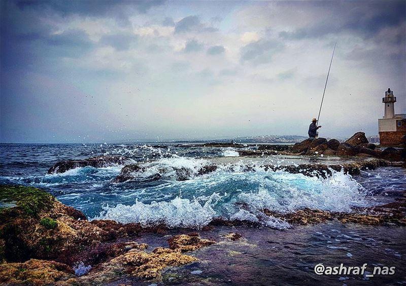 وجهك فاجأني كالأمطارفي الصيف وهب كما الإعصار...والحب فرار والبعد قراروأن (Tyre, Lebanon)