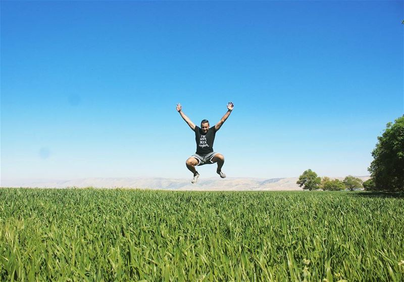 Keep flying tb ammiq westbekaa valley green nature me jump ... (`Ammiq, Béqaa, Lebanon)