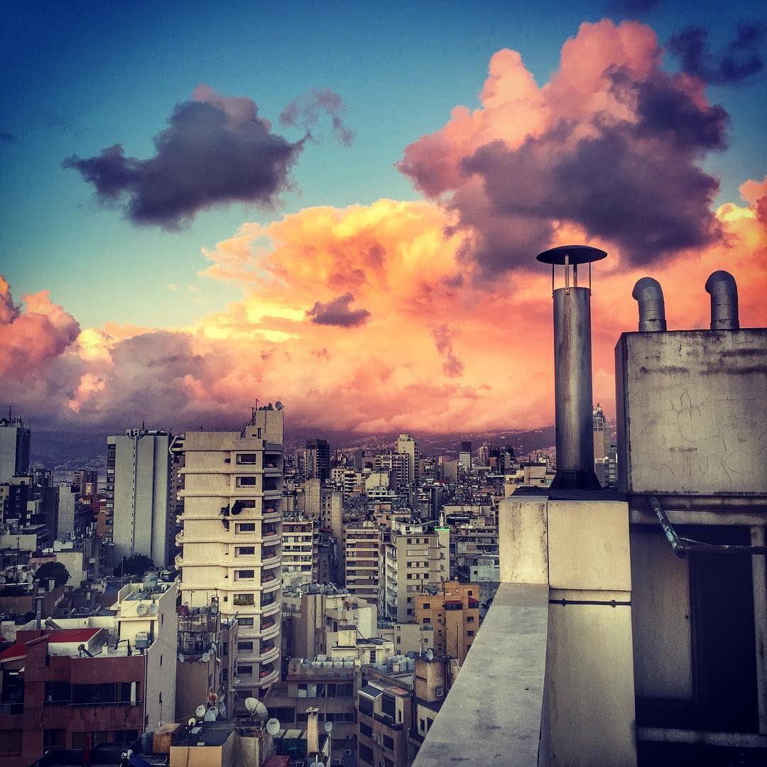 Follow the clouds ❤️ sunset beirut love lebanon lebanontimes ... (Beirut, Lebanon)