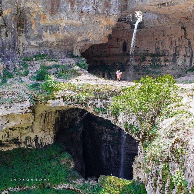 The waterfall drops into the pothole, a cave of Jurassic limestone -... (Tannourine - Balou' Balaa)
