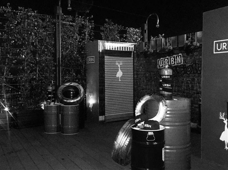 🍸💃🏻 capricebeirut URBN out nightout weekday amazing party nightlife pub... (Caprice)