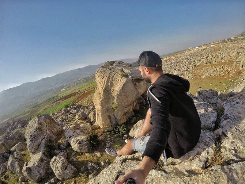 Morning✌🌝 bekaa lebanon ourlebanon ourlovelylebanon Goprolebanon @leb (Beqaa Valley)
