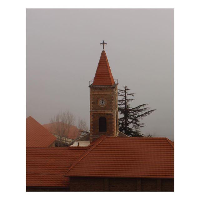 ... bsharre lebanon peace clouds lebanontimes livelovepic ... (Bsharri, Lebanon)