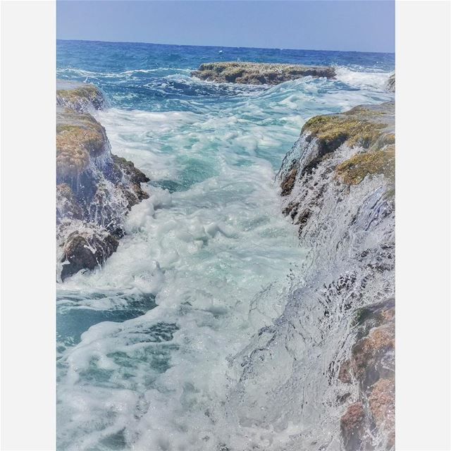 ... beautiful, mysterious, wild and free 🌊 🌊 💙 ... (El Mounsef, Mont-Liban, Lebanon)