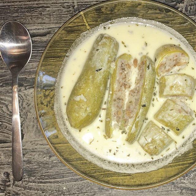 كوسا بلبن 💜المقادير: 💚1 كغ كوسا 💚 225غ لحم مفروم (بقر أو غنم)💚 1 كوب