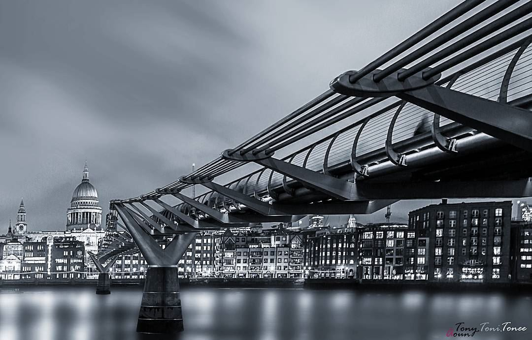 """""""What I like about black and white photographs is that they are more like... (Millennium Bridge, London)"""