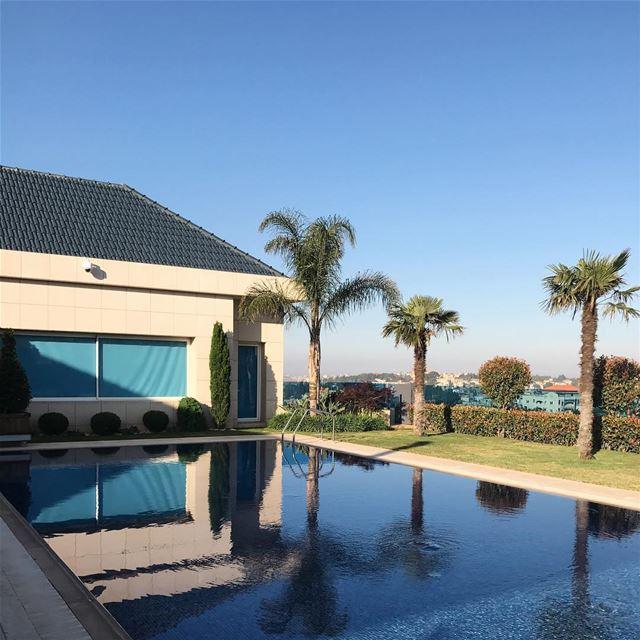 🏠 G O A L S wheremyshoeslead. DreamHouse Architecture Pool Design ... (Nabatîyé)
