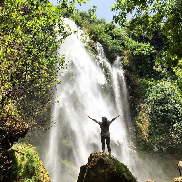 I had to have my own picture with that waterfall after all. And yes, it is... (Bsâtîne El Aossi, Liban-Nord, Lebanon)