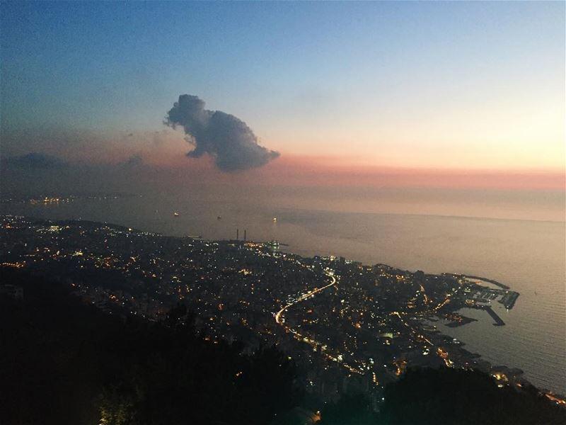 Overlooking Beirut coastline from Harissa 🌅 livelovelebanon... (Harisa, Mont-Liban, Lebanon)