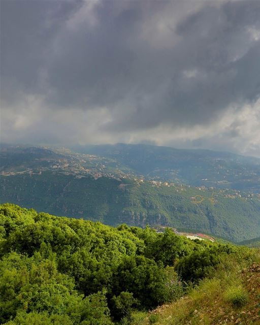 Beautiful Lebanon. lebanon beirut ig_captures master_shots ... (Le Royaume)